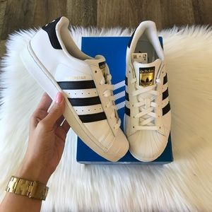 the best attitude fb241 1d56f adidas. Adidas Original Women Superstar Sneakers In White